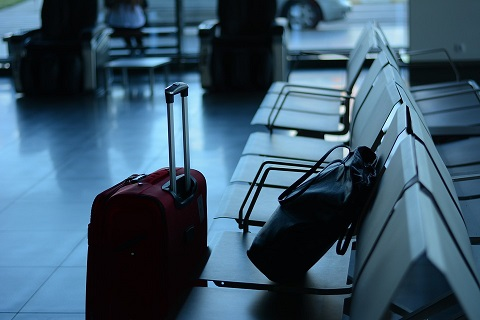 airport-519020_960_720